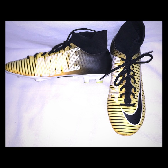 Nike Other - Nike Mercurial Victory Soccer Cleats